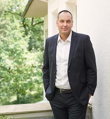 Hans-Jürgen Schüpke - below GmbH